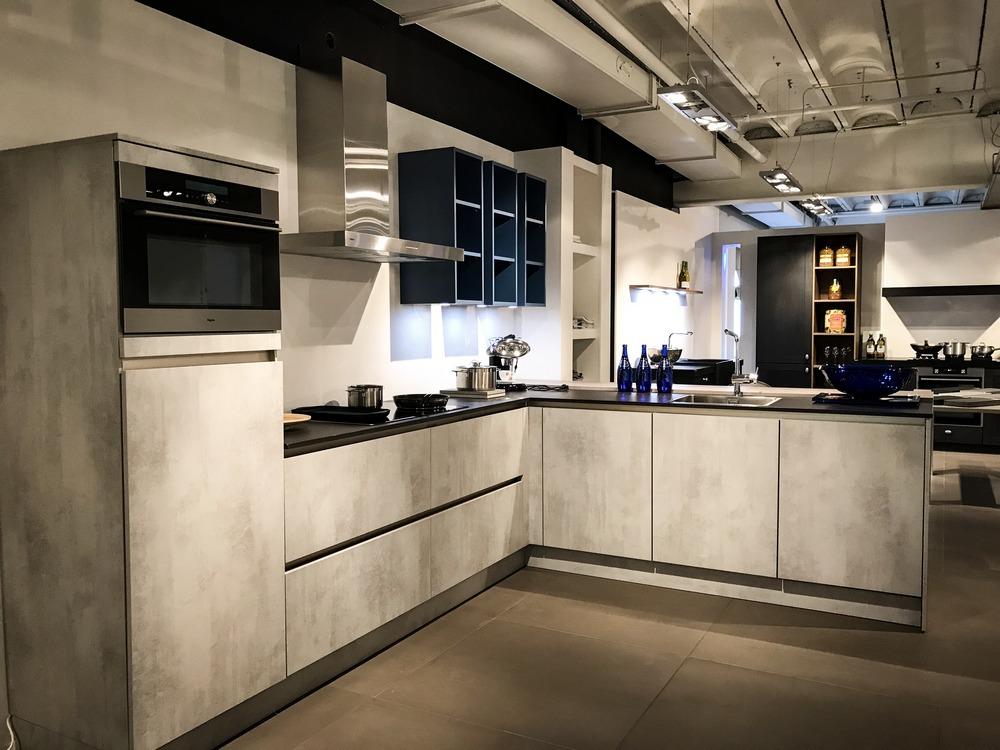 Keukens Zeeuws Vlaanderen : Keukens axel keukenstudio van vliet