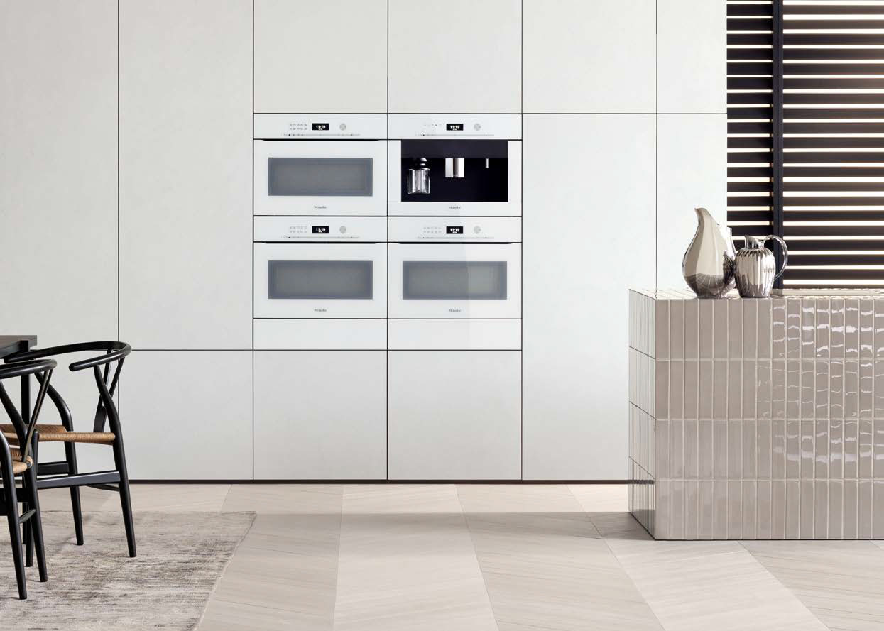 Ingebouwde Miele Artline oven in briljant wit.