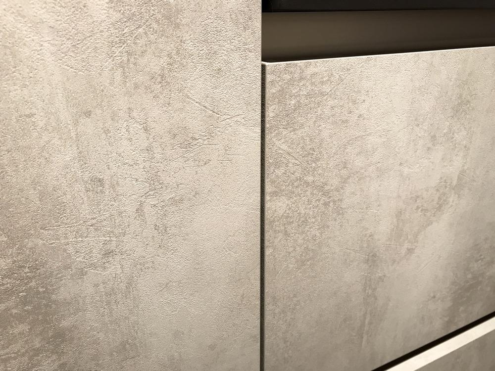 Een huisselectie keuken van Keukenstudio van Vliet. Dit model heeft de betonlook.