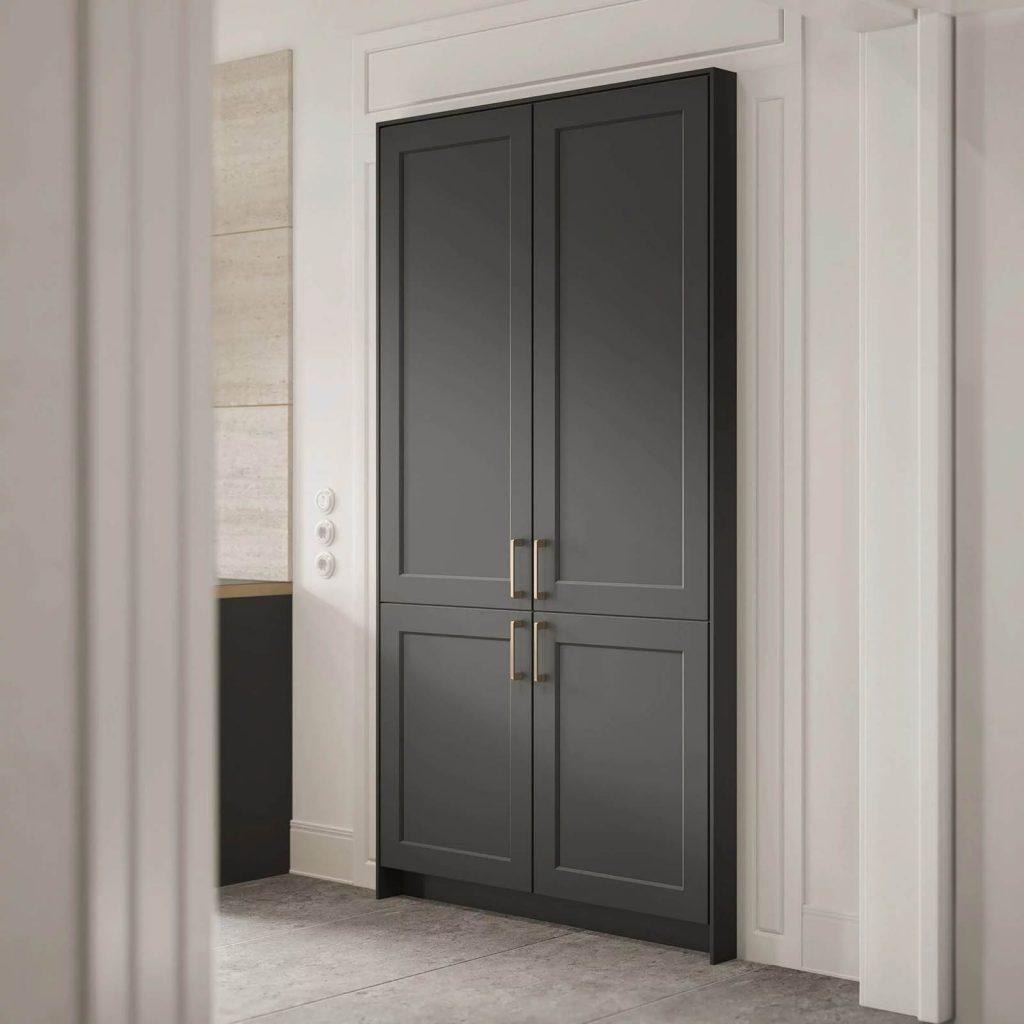 SieMatic grafiet-grijze keukenkast met twee hoge deuren en twee lage deuren.